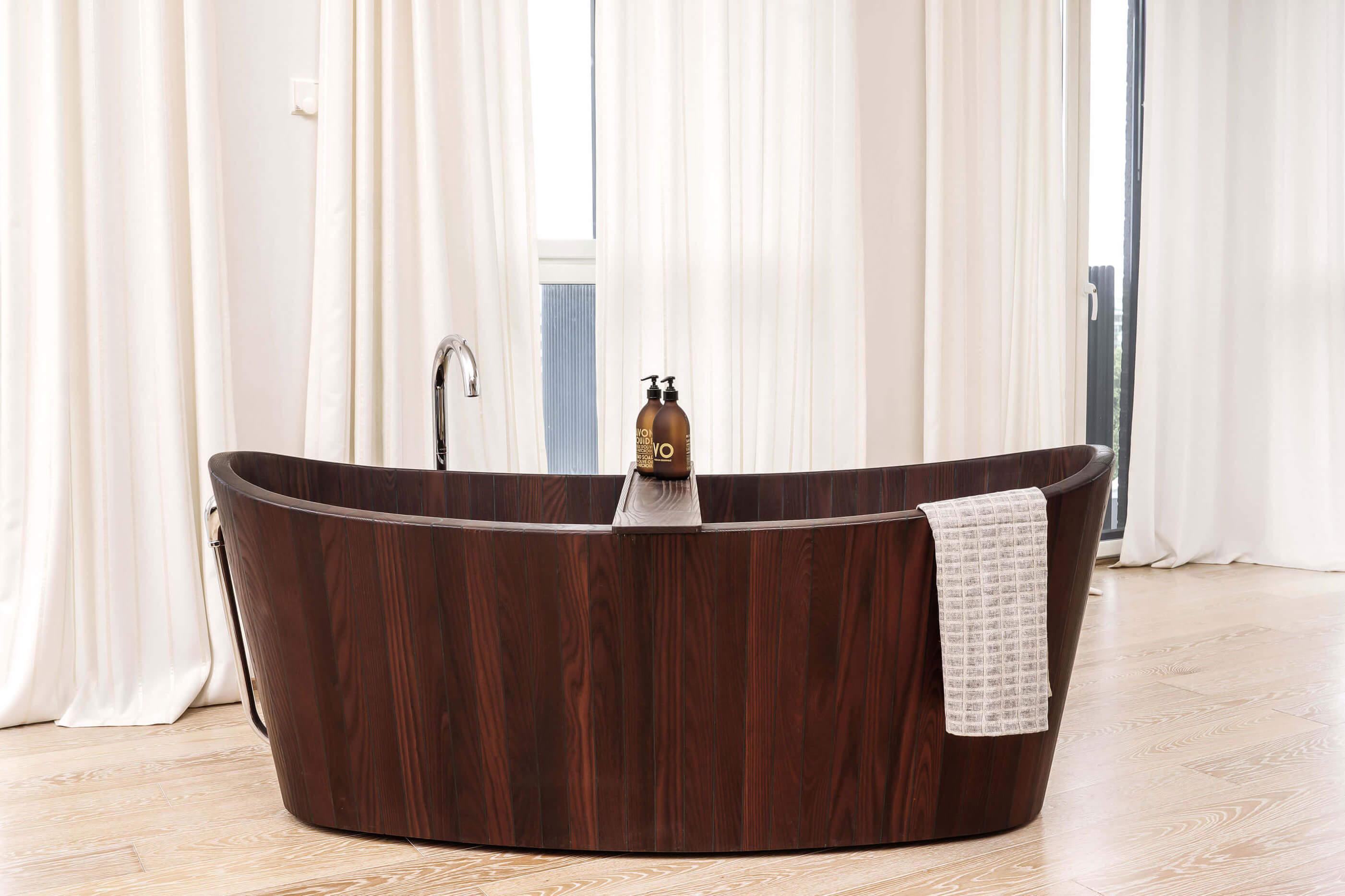 KHIS bath